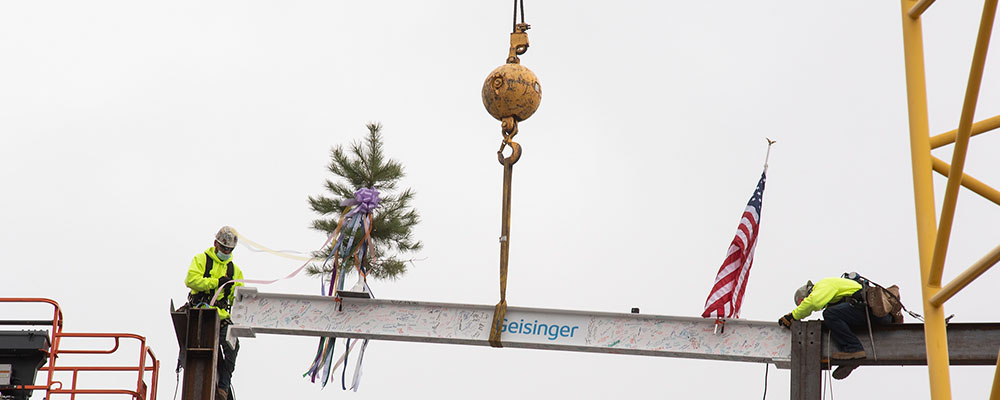 Geisinger Places Final Beam on Frank M. and Dorothea Henry Cancer Center Expansion