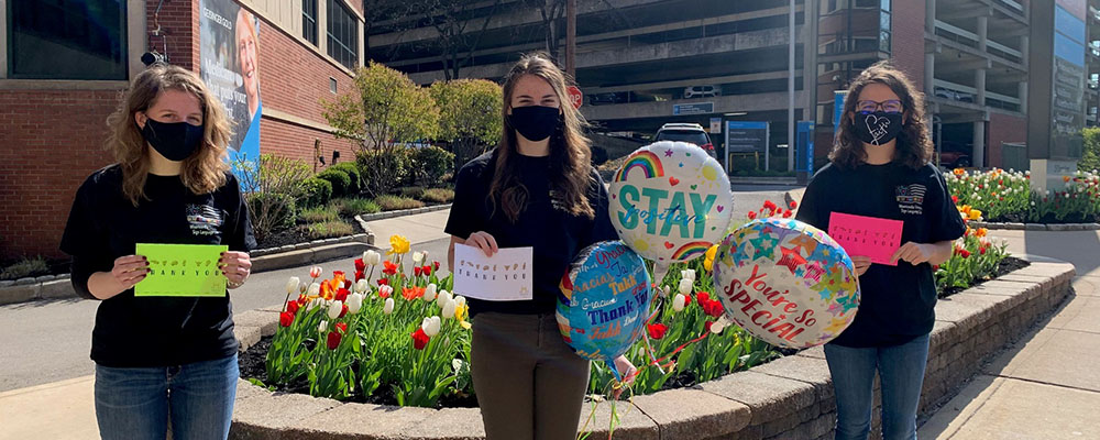 Misericordia University Club Sends Thank-You Cards to Healthcare Workers